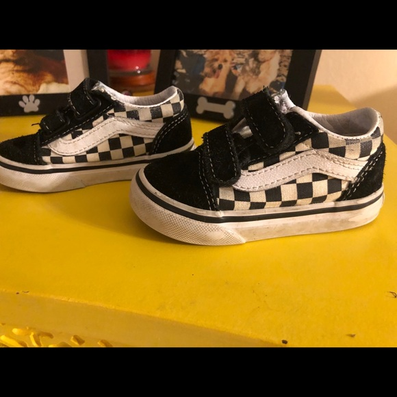 vans checkerboard velcro